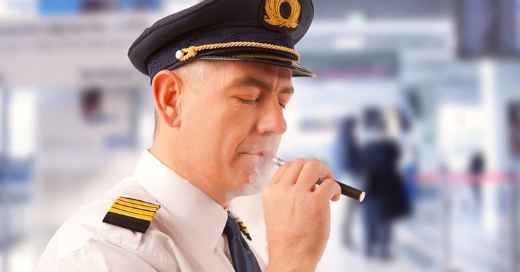 liquidi svapo cbd in aereo: sono permessi?