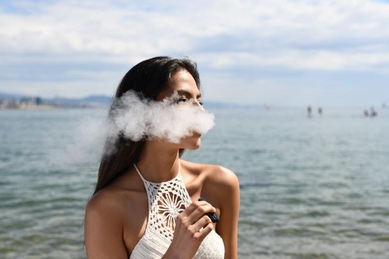 liquido sigaretta elettronica con nicotina gusto tabacco