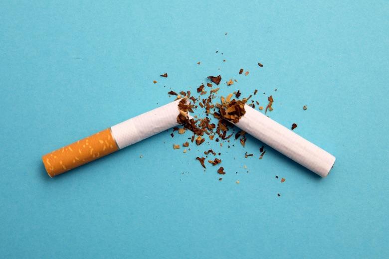 smettere di fumare con liquidi svapo con nicotina