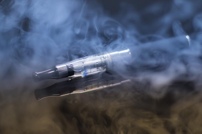 sigaretta elettronica senza nicotina fumo passivo