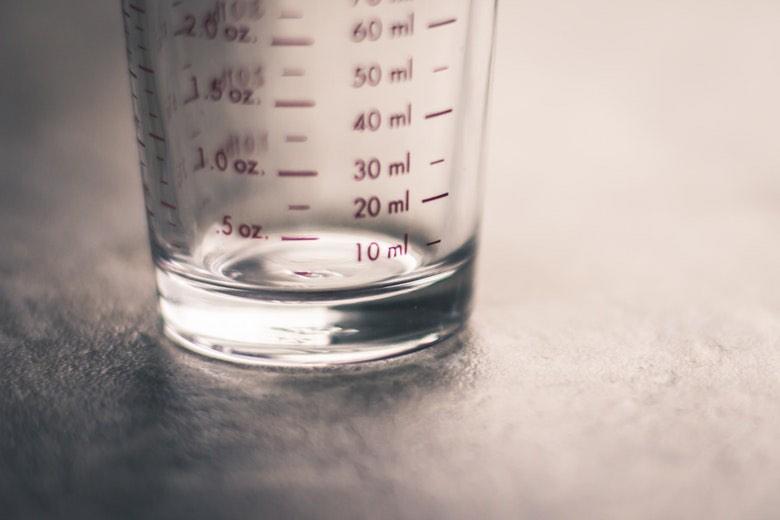 contenitore graduato per liquidi svapo fai da te