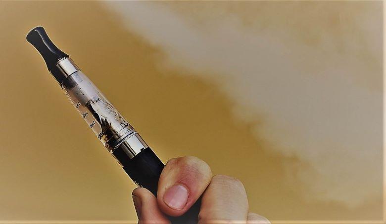 Quanto costa la sigaretta elettronica con il suo kit base?